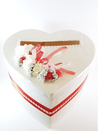 Красива сатенена кутия за пари в червен цвят модел 2