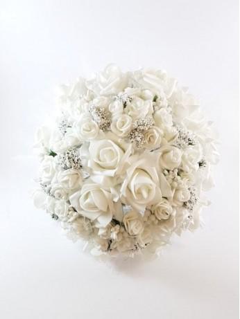 Уникален булчински букет от рози модел 15