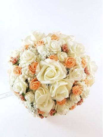 Сватбен букет с рози и украса