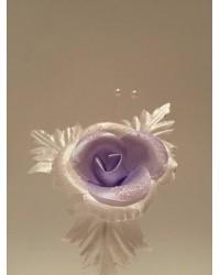 Бутониера с цвете в лилаво