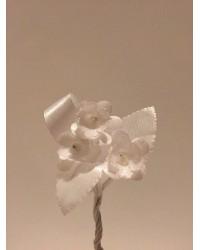 Тройка цветя за ревер