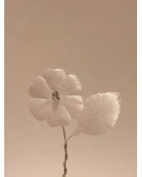 Бутониера с едно цвете