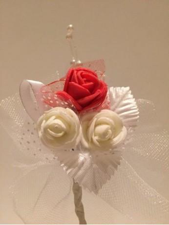 Лукс бутониера с червена роза