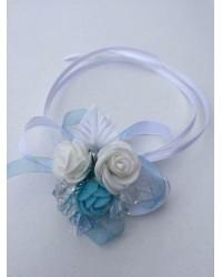 Бутониера за ръка с рози в синьо