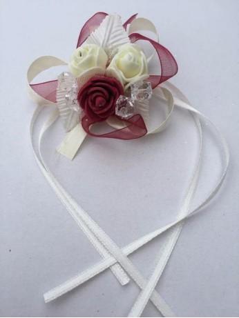 Бутониера за ръка с рози 1