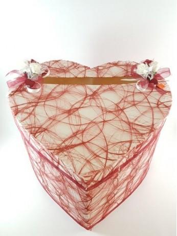 Сърце с бордо мрежа