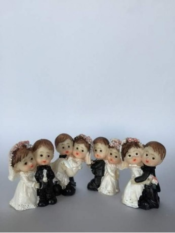 Младоженци - големи