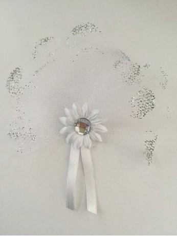 Магнитче цвете с камък