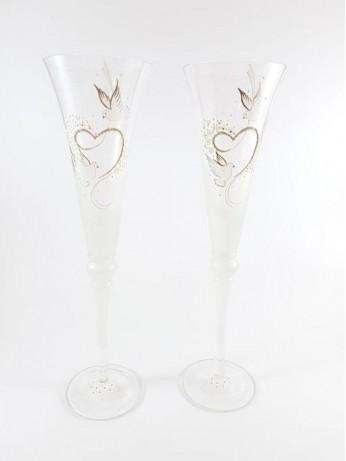 Сватбени чаши с декорация