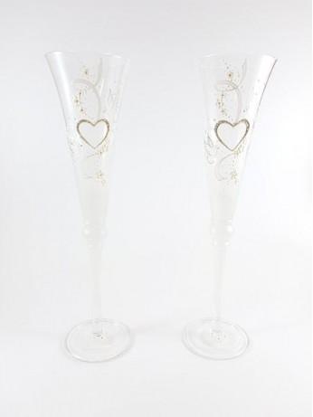 Сватбени ритуални чаши със сърца