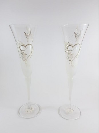 Ритуални чаши с орнаменти
