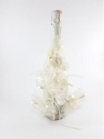 Сватбено шампанско и украса за чаши