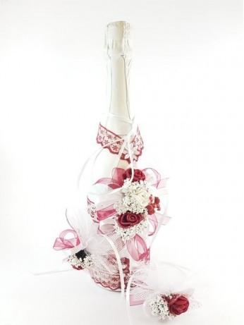Комплект укасено шампанско и чаши