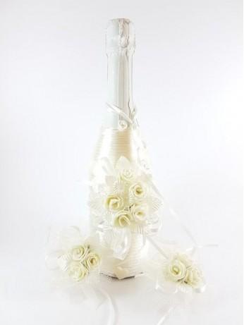 Прекрасен комплект от шампанско и украса за чаши модел 8