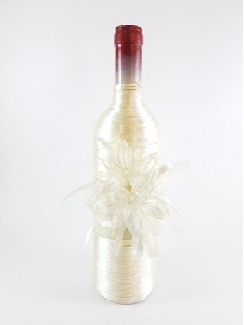 Сватбено вино с украса модел 2