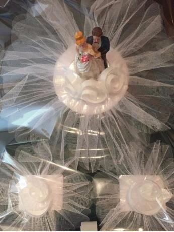 Украса за кола с младоженци